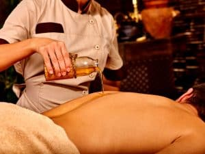 Aprikosenkernöl für die Massage